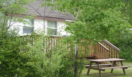 Big Whiteshell Lodge Studio Suite Lakefront Cottage